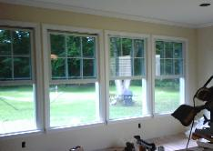 A good shot of the windows.....nice trim work!
